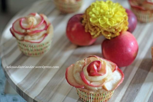 Apfelblumen Muffins Schnecken Joghurt-Öl-Teig Zimt4