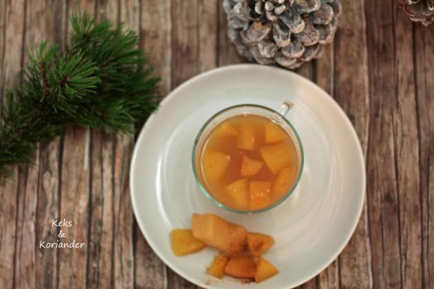 Apfelpunsch mit Rum, Zimt und Vanille3