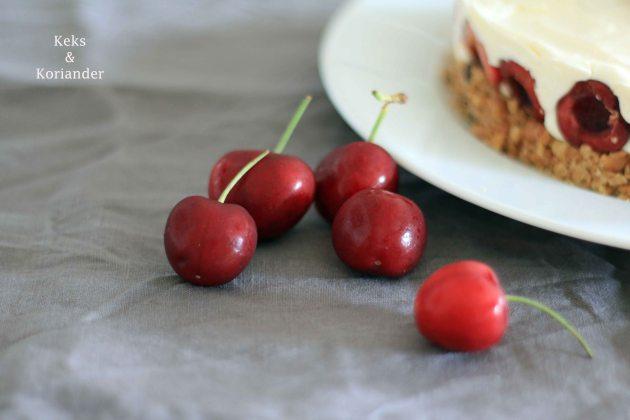 No Bake Cheesecake mit griechischem Joghurt und Kirschen 3