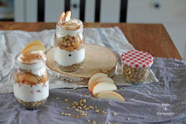 triffle-joghurt-apfel-birne-cranberry-knuspermusli-cranachan-3