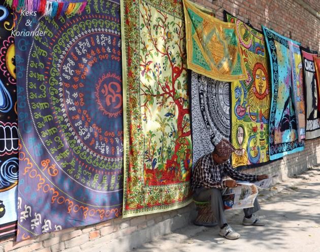 Kathmandu Nepal Straßenverkauf Thamel Teppiche Tücher